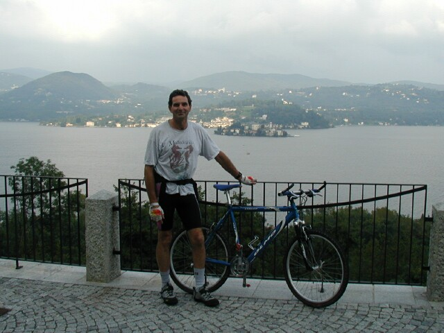 biking-lake-orta-2.jpg