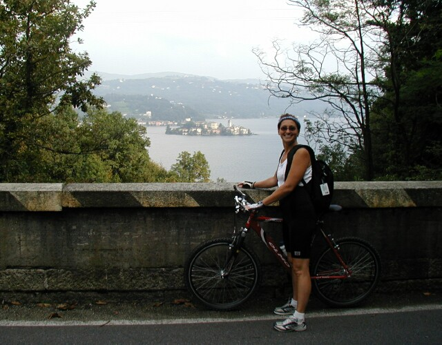 biking-lake-orta.jpg