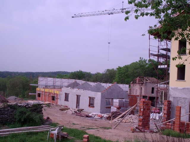 barn-construction-may-2005.jpg