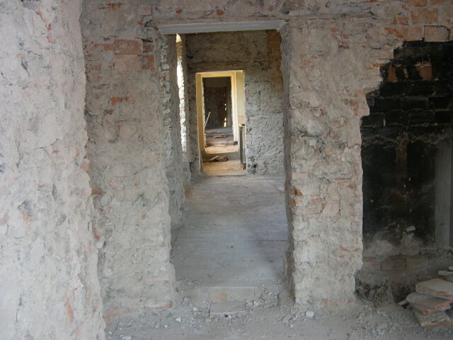 upstairs-hall.jpg
