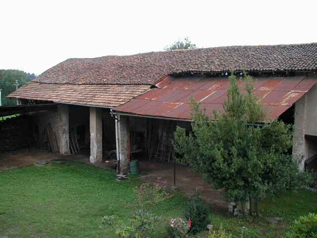 barn-facing-house2.jpg