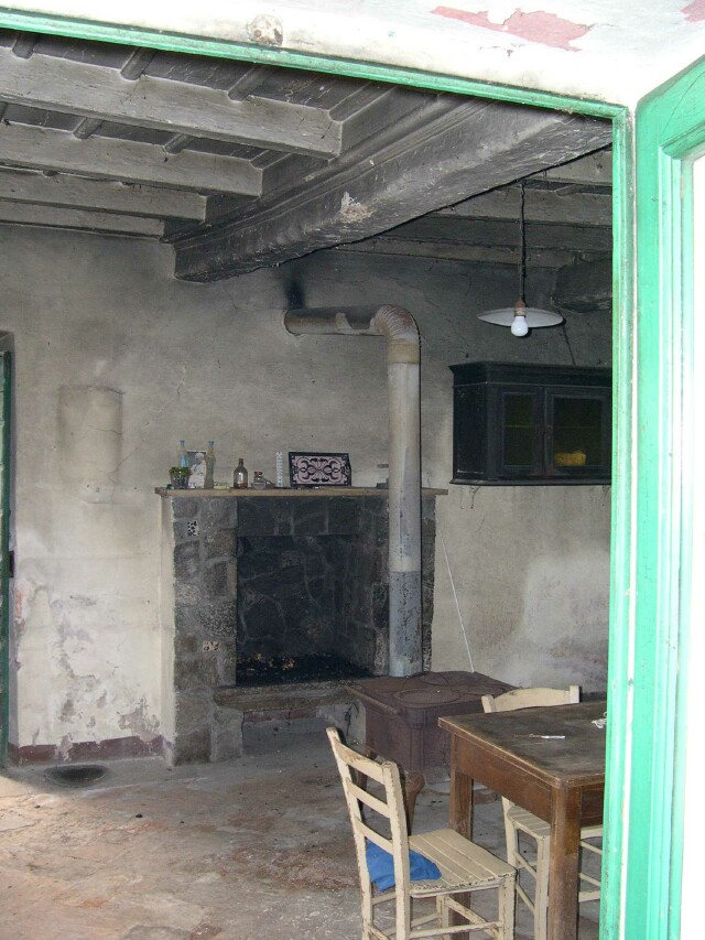 incocco-kitchen-stove-2002.jpg